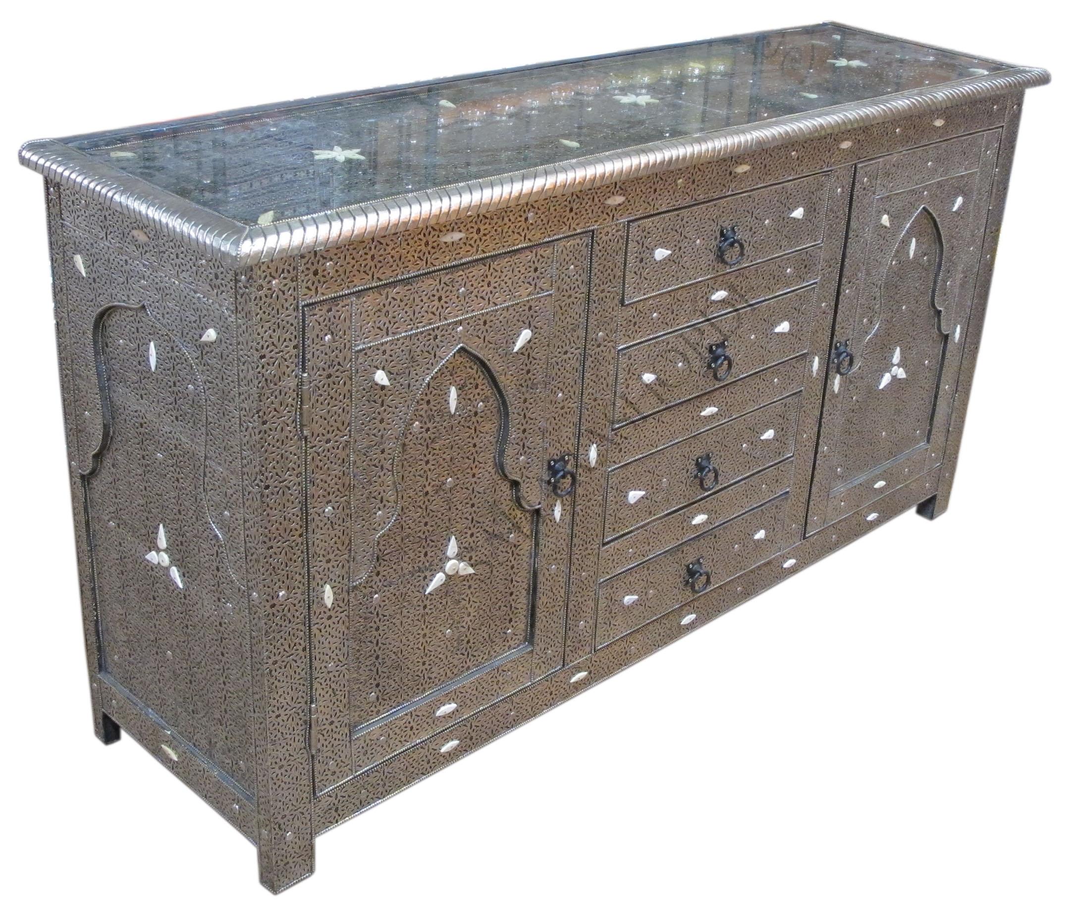 stimmungsvolle orientalische tischleuchte mit kunststoff On sideboard orientalisch